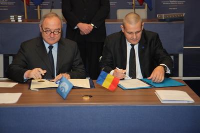 La Roumanie rejoint l'ESA Img_0410