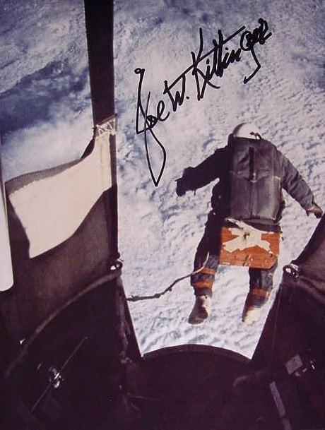 50 ans du Saut de Joe Kittinger / 16 août 1960 - 16 août 2010 Kittin10