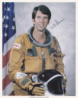 Disparition de l'astronaute William ''Bill'' Lenoir (1939-2010) Lenoir10
