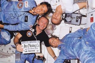 Disparition de l'astronaute William ''Bill'' Lenoir (1939-2010) Sts-5_10