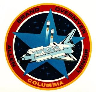 Disparition de l'astronaute William ''Bill'' Lenoir (1939-2010) Sts-5_11