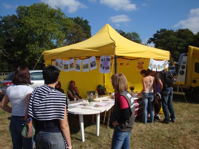 Appel aux bénévoles - Fête du Cheval 2012 - Page 8 Dsc02818