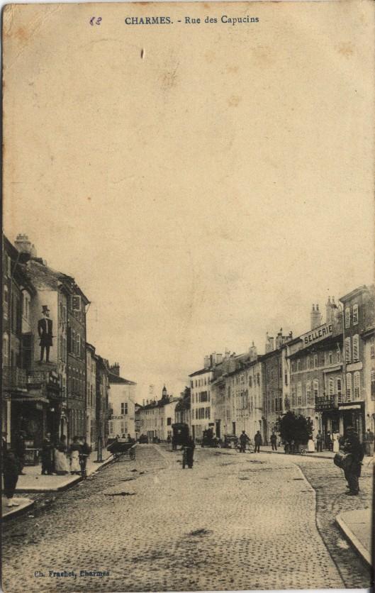 CHARMES - Rue des Capucins Charme10