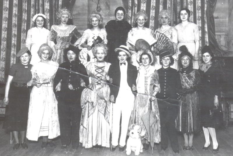 Bal de l'Amicale des Jeunes Filles de BRIE  1937 Dussea14