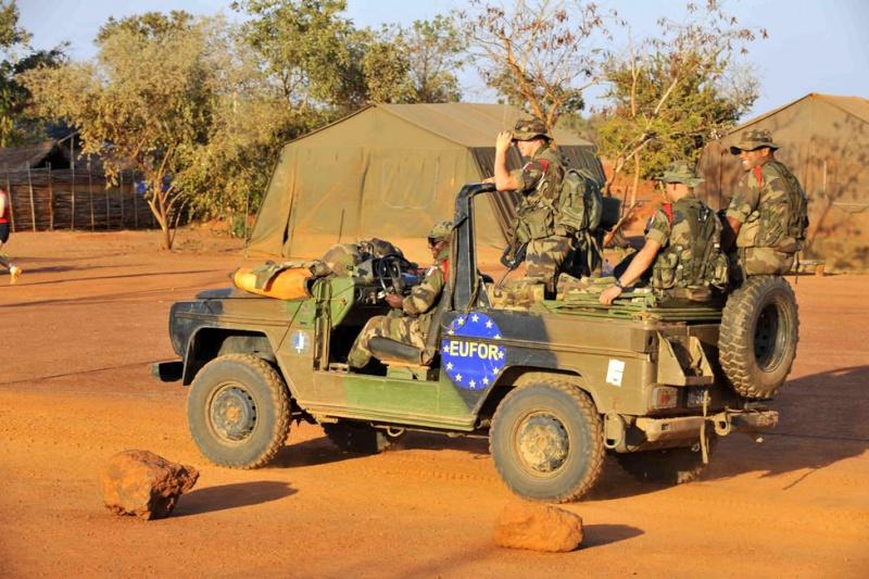 reportage photo de nos soldats au tchad au sein de eurofor 30875510