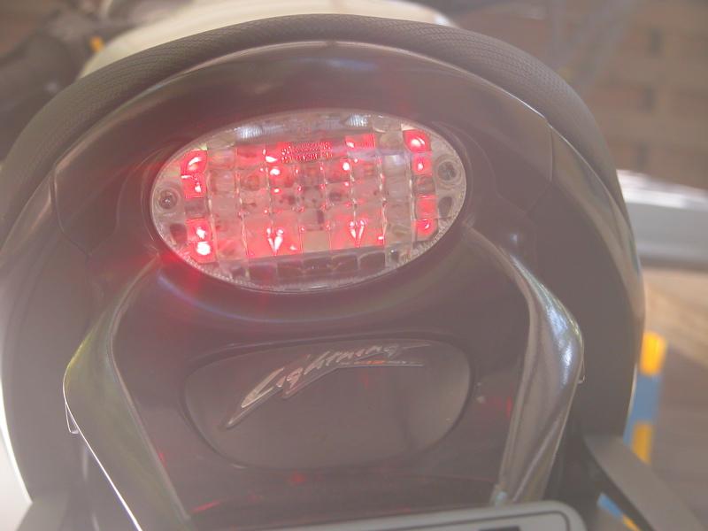 XB lights Feu110