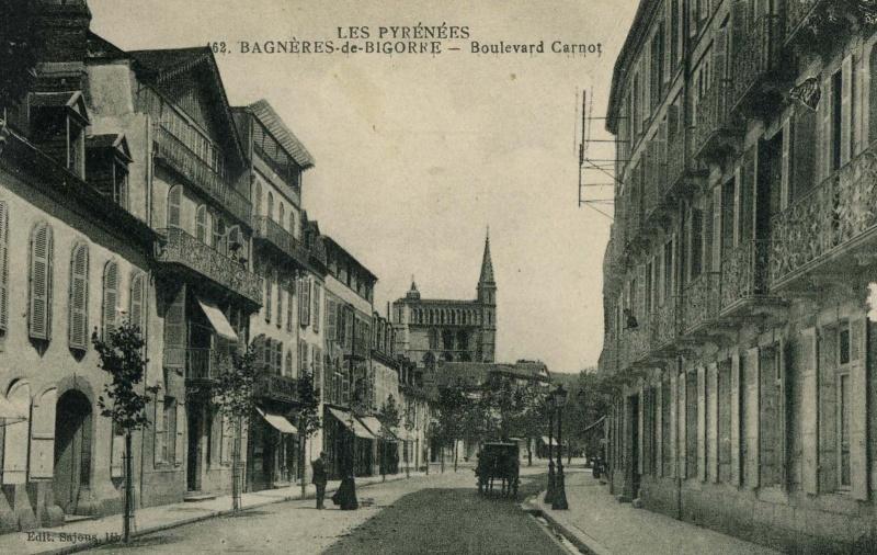 BAGNERES DE BIGORRE  - Boulevard Carnot 65bdb010