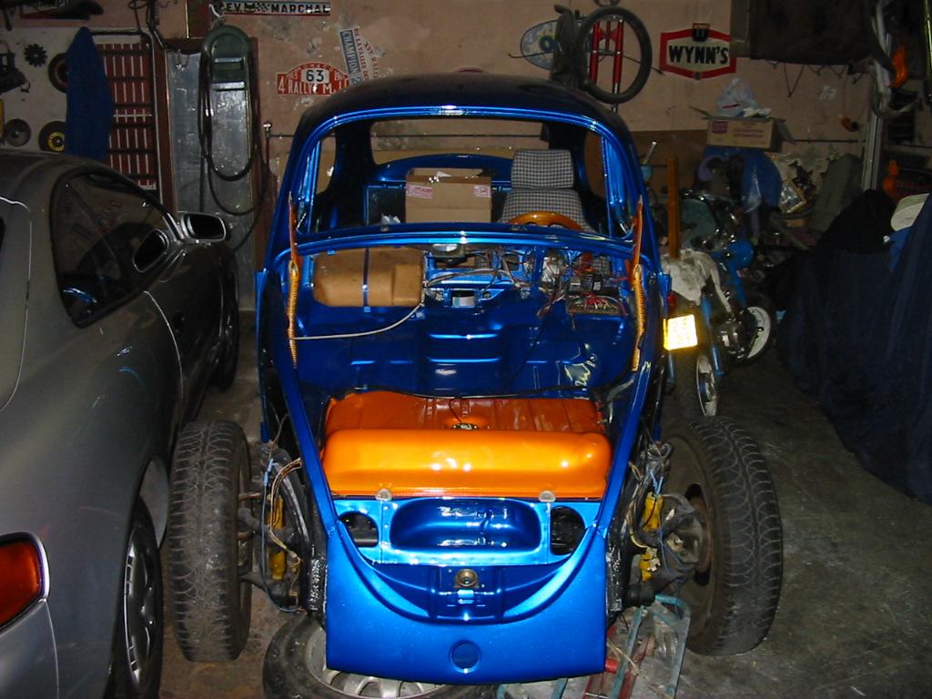 une nouvelle occupation, resto Suzuki santana  105-0510