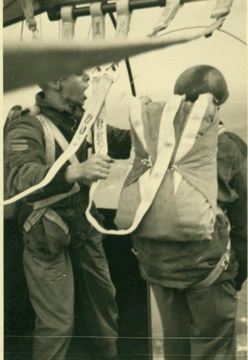 SCHAFFEN 1952: Sortie de la nacelle du ballon Dederi10