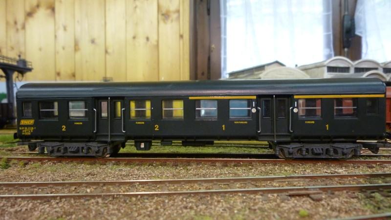 Wagon voyageur  collection Hachette 1/87ème P1040745