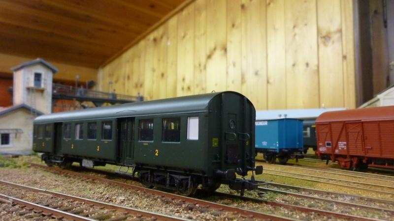 Wagon voyageur  collection Hachette 1/87ème P1040746