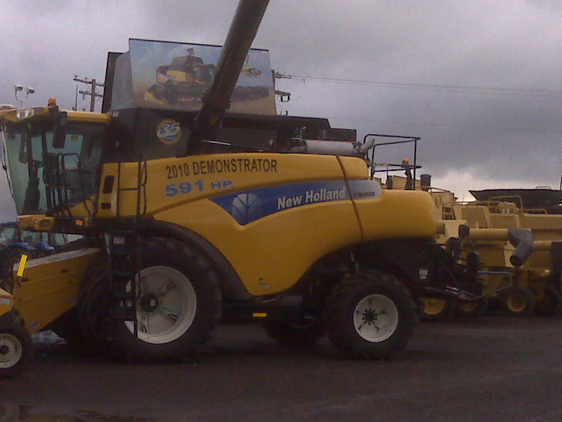 New holland - Page 3 Demost10