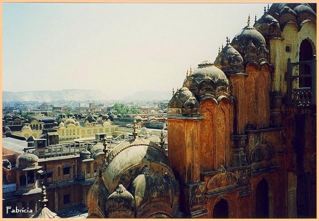 Monuments, gares, châteaux,... dans le monde - Page 7 Jaipur12
