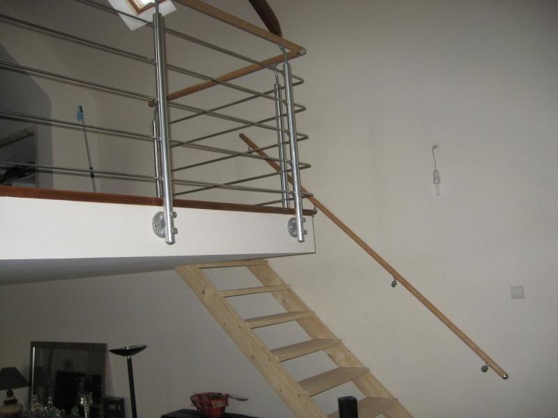 peindre un escalier en pin brut Escali11