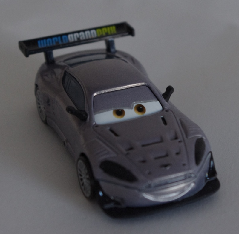 [Cars 2] Kmart Collectors Day #9 - Page 2 Imgp2810