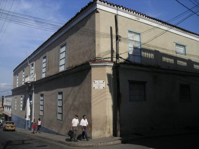 Calles de Santiago de Cuba Fotos-10