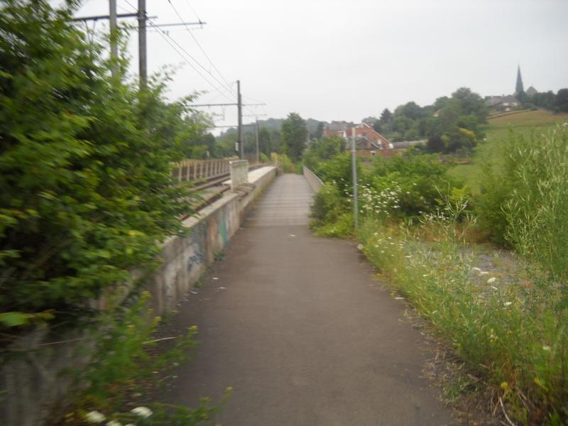13 Itinéraire N°3 - W3 - Véloroute des carnavals - Partie Lobbes - Thuin (RAVeL L109 part 4) 5_pont10