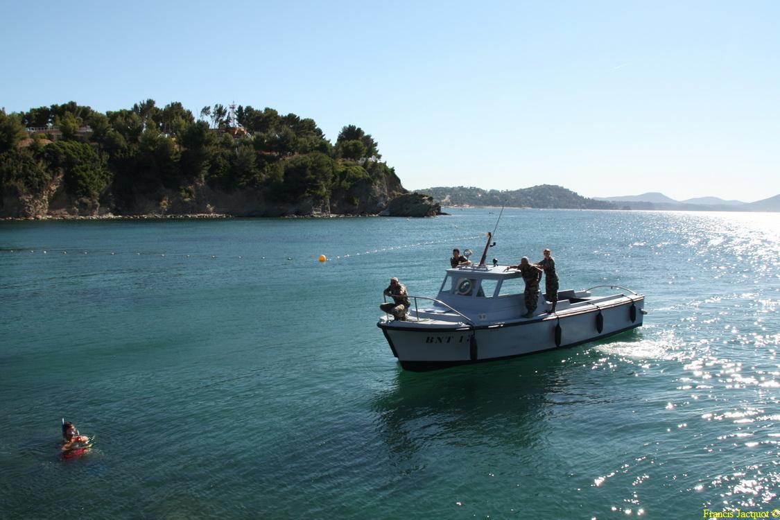 [LES PORTS MILITAIRES DE MÉTROPOLE] Mouvements de Bâtiments dans la rade de Toulon - Page 2 0310