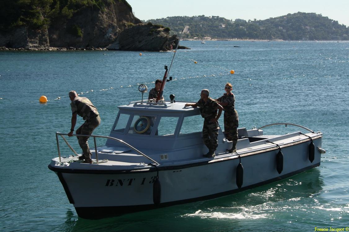 [LES PORTS MILITAIRES DE MÉTROPOLE] Mouvements de Bâtiments dans la rade de Toulon - Page 2 0410