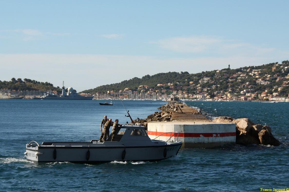 [LES PORTS MILITAIRES DE MÉTROPOLE] Mouvements de Bâtiments dans la rade de Toulon - Page 2 0510