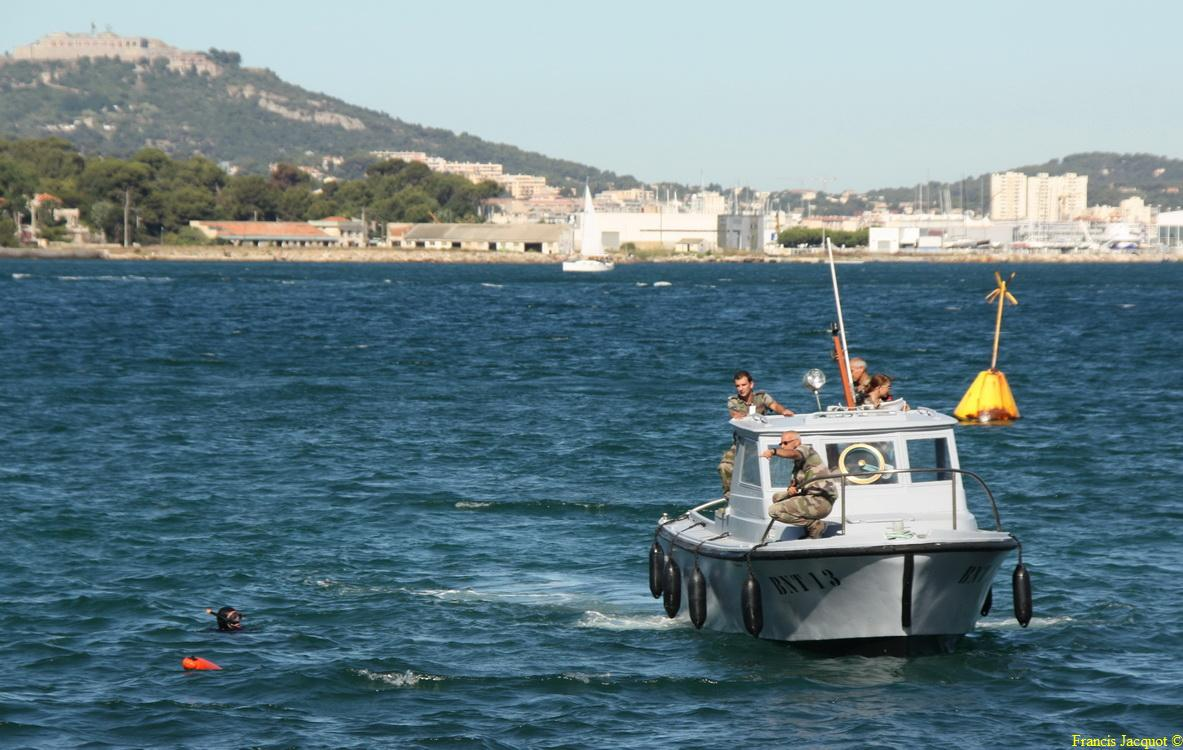[LES PORTS MILITAIRES DE MÉTROPOLE] Mouvements de Bâtiments dans la rade de Toulon - Page 2 0610