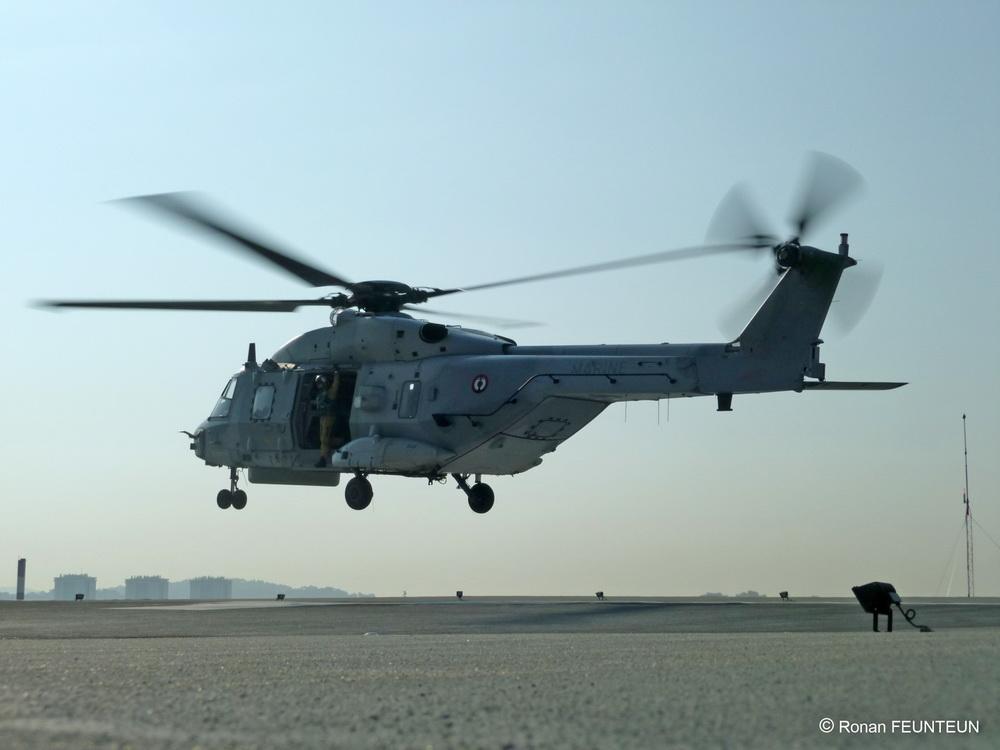 [Aéronavale divers] Hélico NH90 - Page 4 P1020312