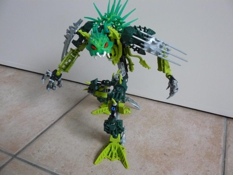 [MOC] Le monstre des forêts P1030825