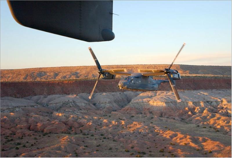 Hélicoptères de Transport Tactique/lourd - Page 2 Cv22_710