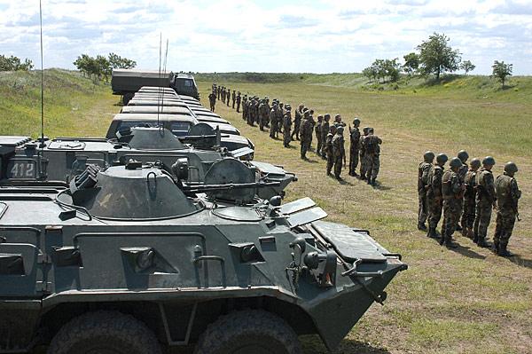 Forces armées moldaves - Page 2 Image211