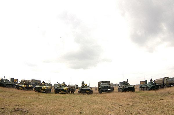 Forces armées moldaves - Page 2 Image212