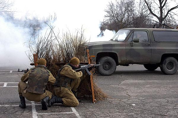 Forces armées moldaves - Page 2 Image218