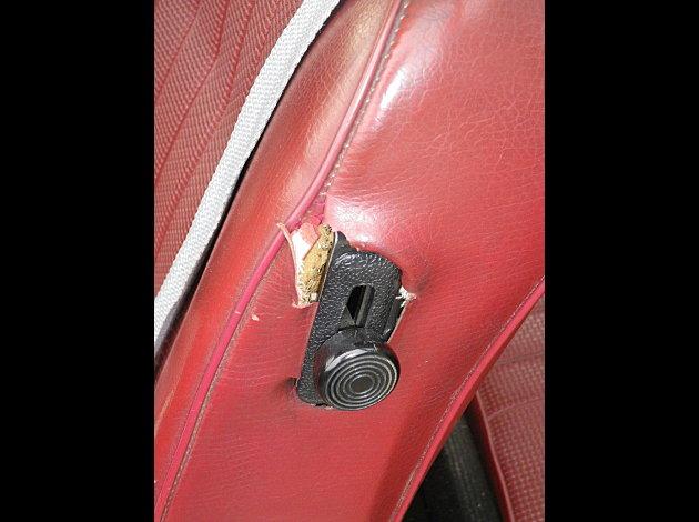 accroc siège conducteur Photo11