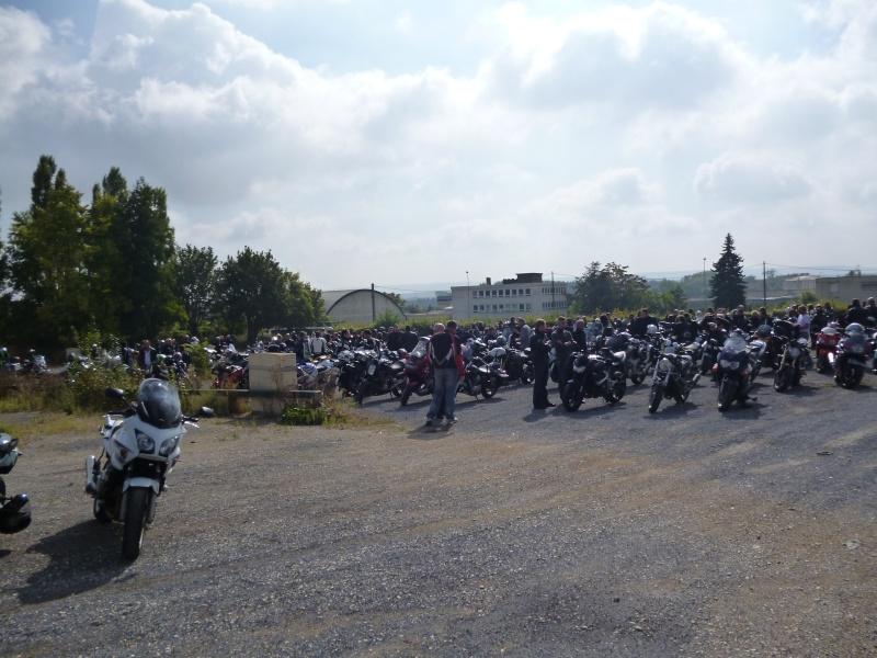 """Rassemblement des motards samedi 22 février 2012 à 14 heures """" parc des expositions à Reims """" contre le projet du contrôle technique sur les motos. Venez nombreux montrer votre hostilité... 01010"""