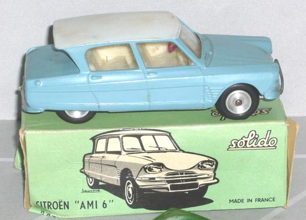 Citroën Ami SIXTIES : un chef-d'oeuvre... à sa façon.  Ami_6_10