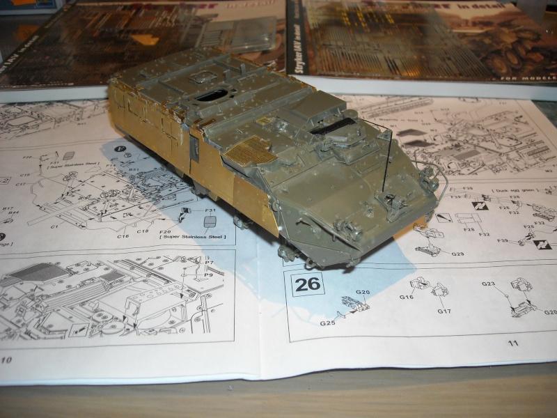 M 1130 Stryker slat armor 1/35 ( de A a Z). Dscn1420