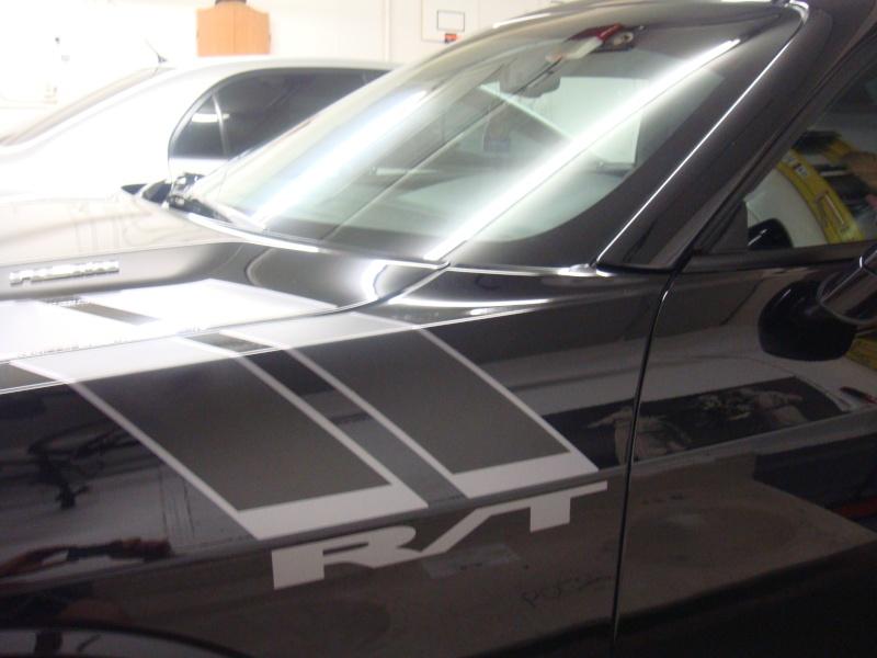 hood to fender stripes 00210