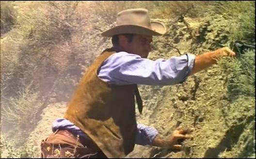 2.000 dolares por Coyote / Django cacciatore di taglie . 1966 . Leon Klimovsky  . 2000_d14
