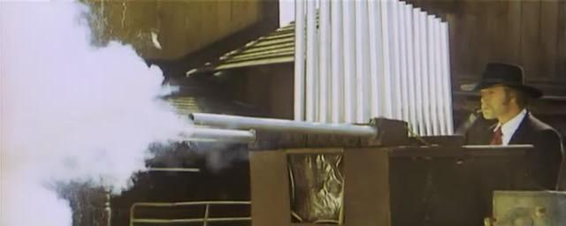 Une trainée de poudre... les pistoleros arrivent ! Una nuvola di polvere... un grido di morte... arriva Sartana de Giuliano Carnimeo, 1971 Une_tr14