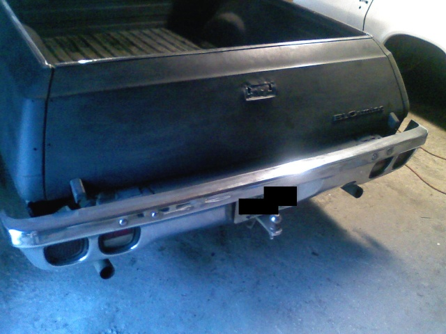 just flipped the handle on my tailgate to the inside 08181011