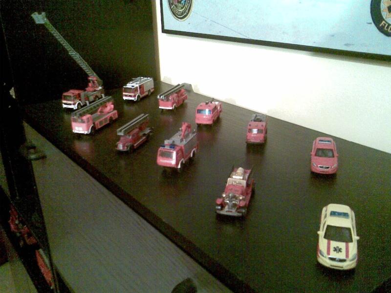 ma petite collection des pompiers belge et americain. Photo132