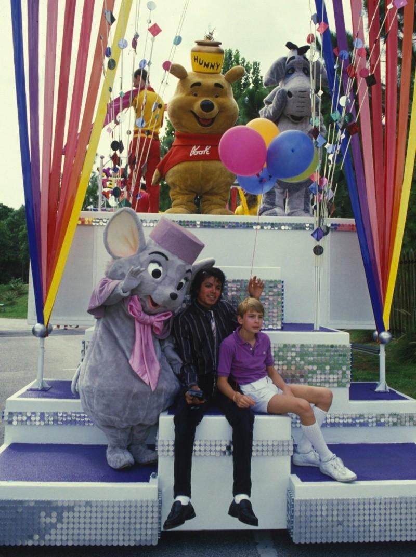 Michael e la Disney Rs7zi110