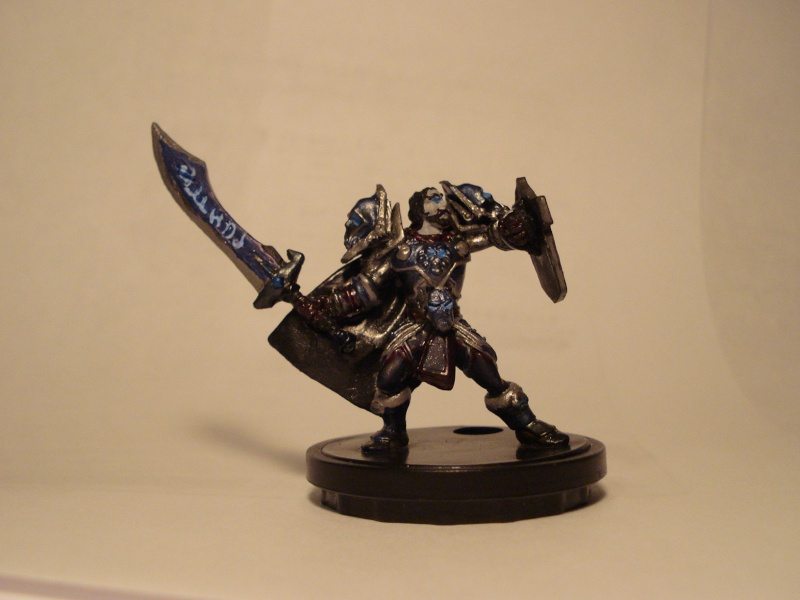 customize minis 1 - death knights approach Dsc01217