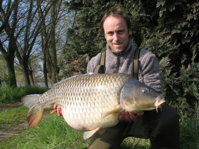 Stuart Chowles Fish 'N' Pics Img_0211