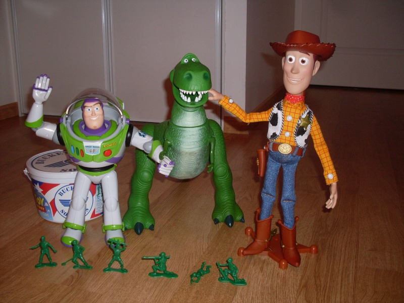 Toy Story Collection (depuis 2009) - Page 4 Sdc11410