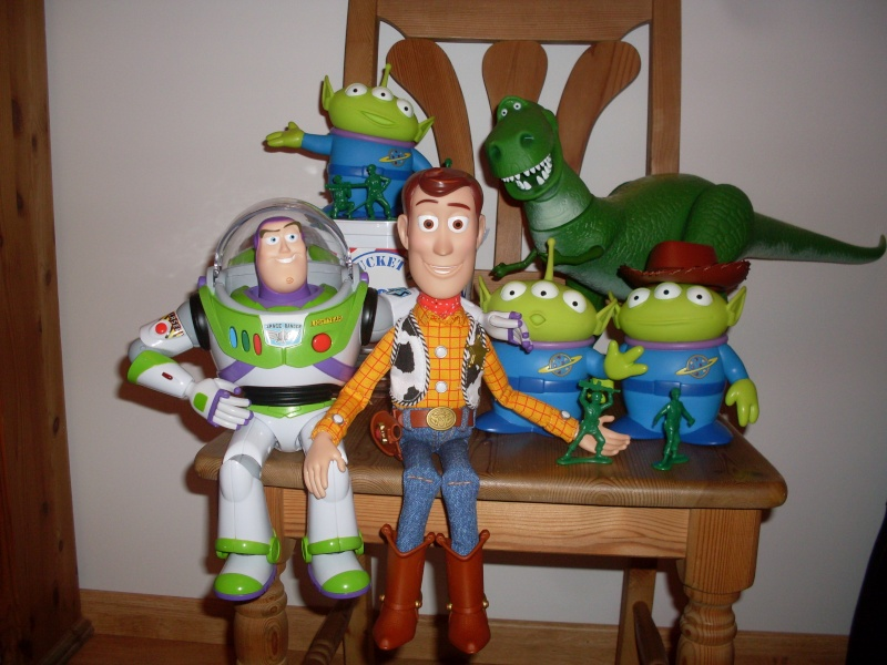 Toy Story Collection (depuis 2009) - Page 4 Sdc11421