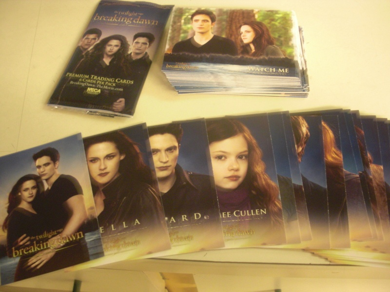 [Breaking Dawn] Premium trading card by NECA - Page 3 Kgrhqi10