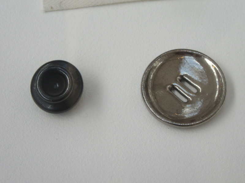 LUCIE RIE BUTTONS. A fascinating wartime part of her work. Img_8417