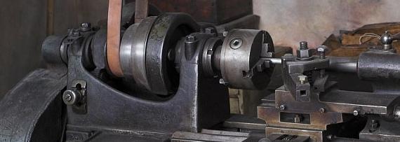 Vieilles machines à courroies