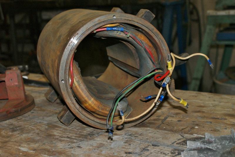 Recherche infos sur alternateur avec induit au rotor 5KVA Triphasé Altern12