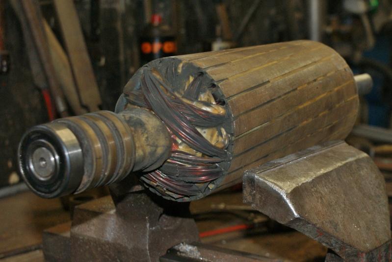 Recherche infos sur alternateur avec induit au rotor 5KVA Triphasé Altern13
